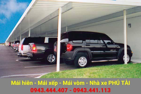 nha-pho-tan-co-dien-mai-che-nha-xe-phu-tai-05